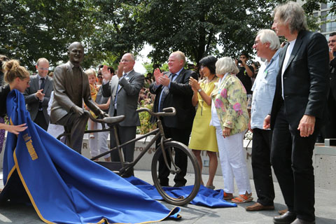 Jack's Got Your Back unveiled by local dignitaries. Photo by Martin Iskandar.
