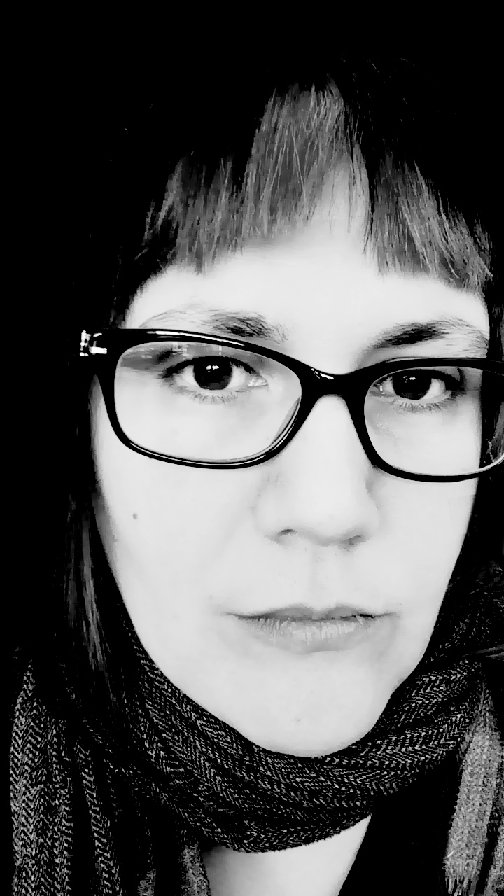 Photograph of Nadine Lessio.