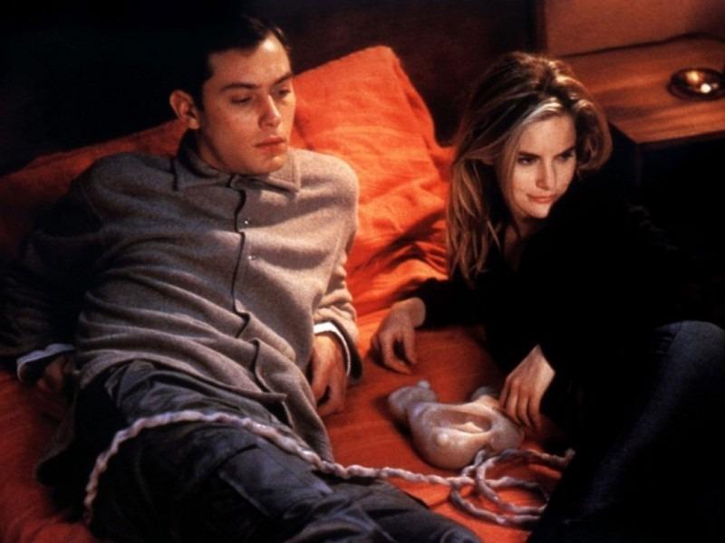 David Cronenberg's eXistenZ (1999)