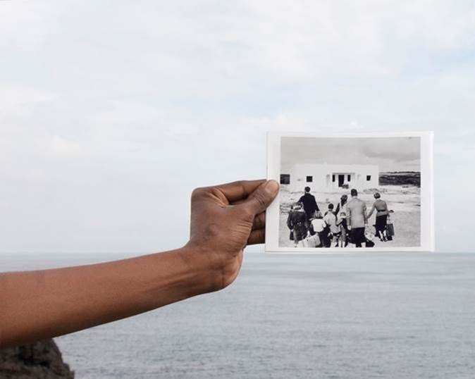 photo of a hand holding a photo