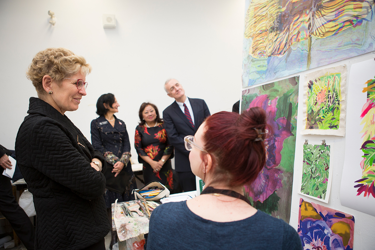 Premier Wynne tours a painting studio at OCAD University.