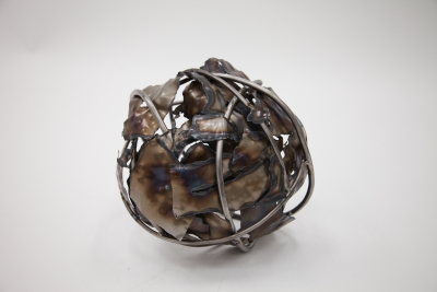 Andrea Woermke, Sphere, Sheet metal and steel rods, 2016
