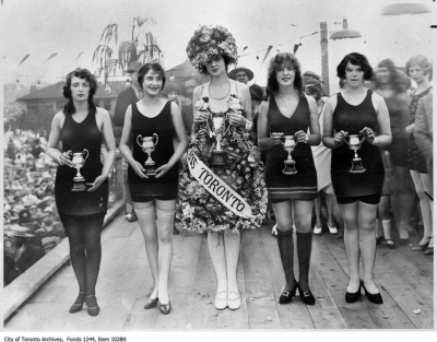 Five Miss Toronto Pageant Girls in Bathing suits - 1926.