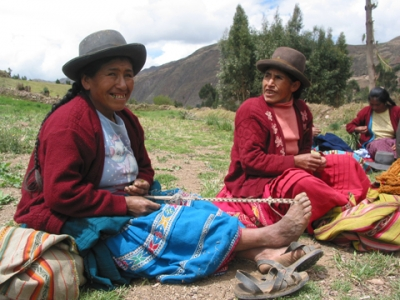 Weavers in Peru. Photo by David McIntosh.