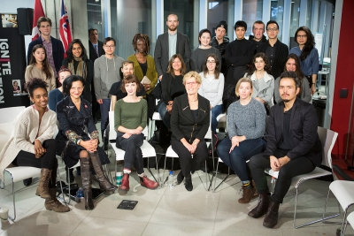 Premier Wynne, President Sara Diamond and student roundtable participants.