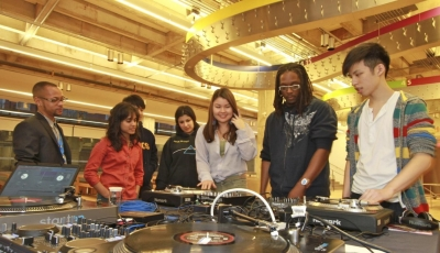 Students explore at the AGO.