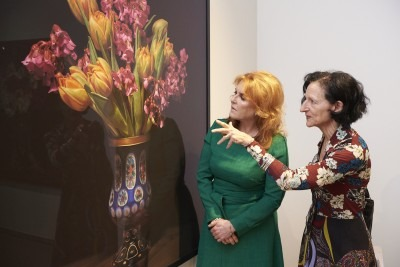 Sarah, Duchess of York, with President Sara Diamond at Onsite Gallery, photo by Kathryn Hollinrake