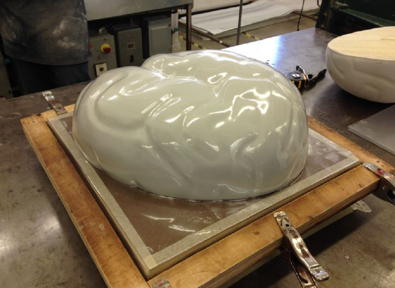Creating the Holomentis shell using a mold
