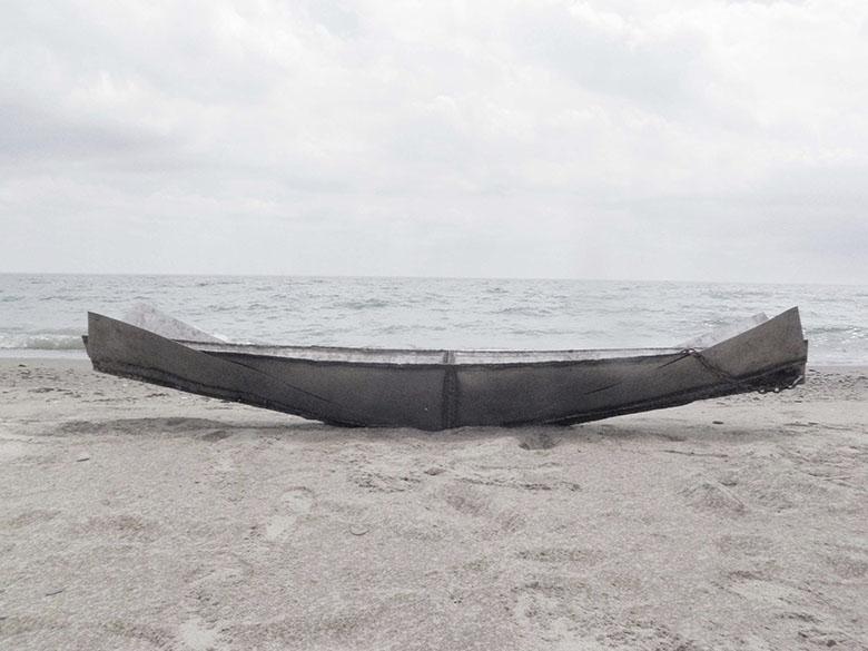 photo of a narrow boat
